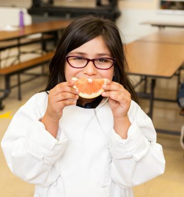 Image of Food Literati Members Bring Citrus Smiles to Kids